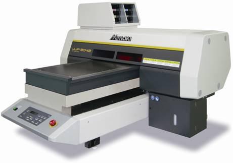 Широкоформатный UV принтер Mimaki UJF-3042FX
